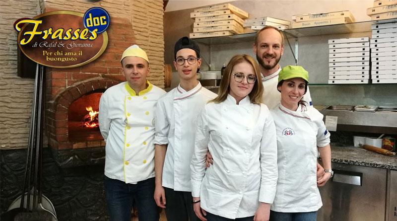 Una nobile iniziativa della pizzeria Frasses Doc di Piazza Armerina. Cibo ai bisognosi