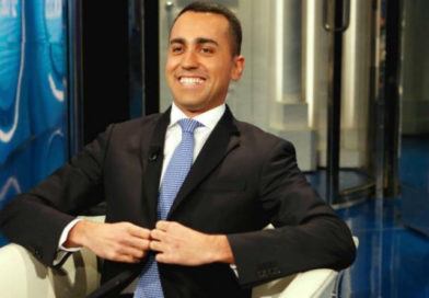 I dubbi sul curriculum di Conte: grosso guaio per Di Maio