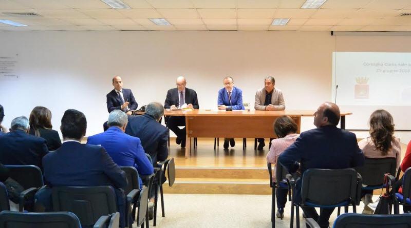 I lavori del Consiglio Comunale  di  Enna  all'Umberto I