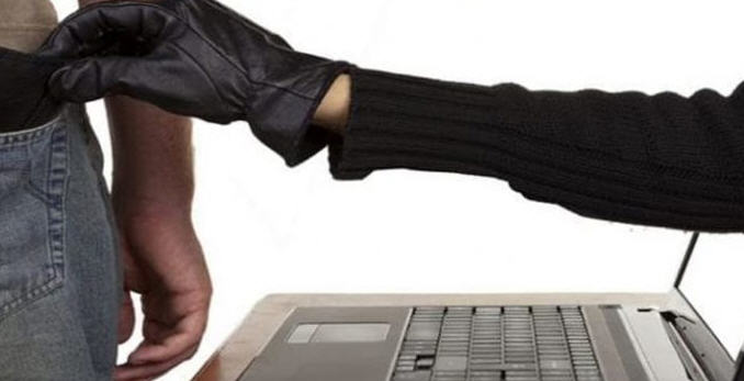 Falsi sondaggi online e la truffa corre sulla rete. L'allerta della Polizia Postale