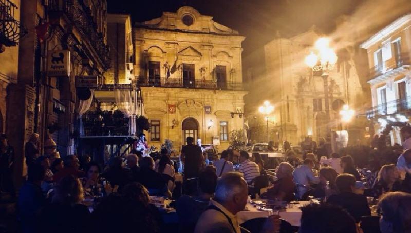 Piazza Armerina – FDI sulla piazza Garibaldi: siamo con chi ha il coraggio di cambiare