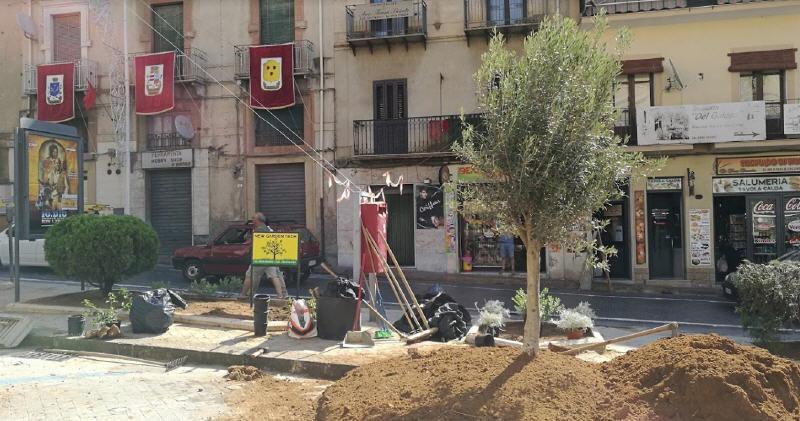 Piazza Armerina – iniziati i lavori in Piazza Garibaldi