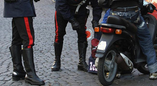 Piazza Armerina, denunciati due minorenni per furto aggravato.