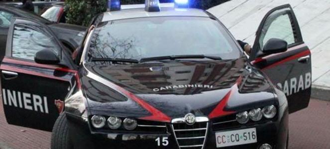 Villarosa, trasportava cinque panetti di hashish arrestato un venticinquenne.