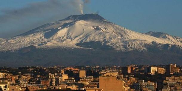 L'Etna sta scivolando verso il mare: serio rischio di tsunami disastroso