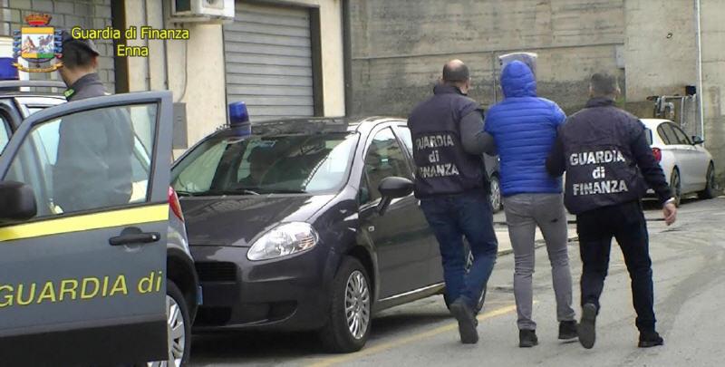 """Operazione """"Nebros II"""" della Guardia di Finanza: perquisizioni e arresti"""