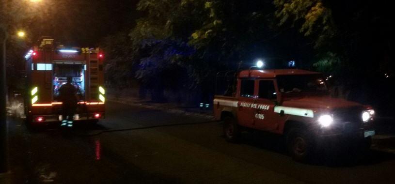 Maltempo – Situazione critica nella zona di Pietraperzia. Esonda il torrente Calderai