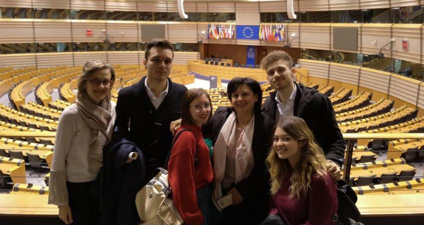 Studenti e docenti del liceo Colajanni di Enna in visita al Parlamento europeo
