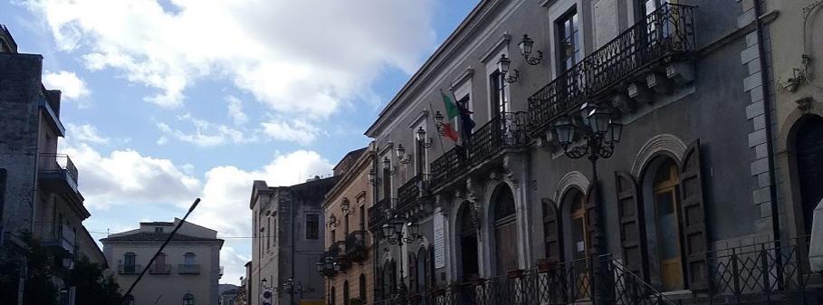 """Valguarnera – Il presidente del consiglio comunale Enrico Scozzarella: """"Piena fiducia al sindaco Francesca Draià"""""""