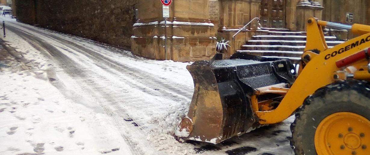 La polizia di Stato: in caso di neve automobilisti impreparati. Ecco cosa fare e non fare