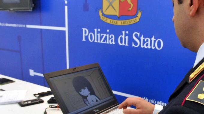 Polizia di Stato, Nicosia: scoperte 20 truffe informatiche e telematiche, denunciate 20 persone