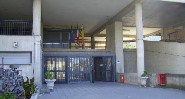 Firmato questa mattina alla provincia il contratto per l'ammodernamento del Majorana di Piazza Armerina