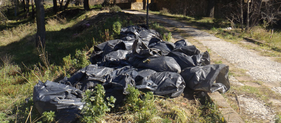 [VIDEO] Piazza Armerina – Segnalazione di rifiuti alla villa Garibaldi: presto verrà bonificata la zona.
