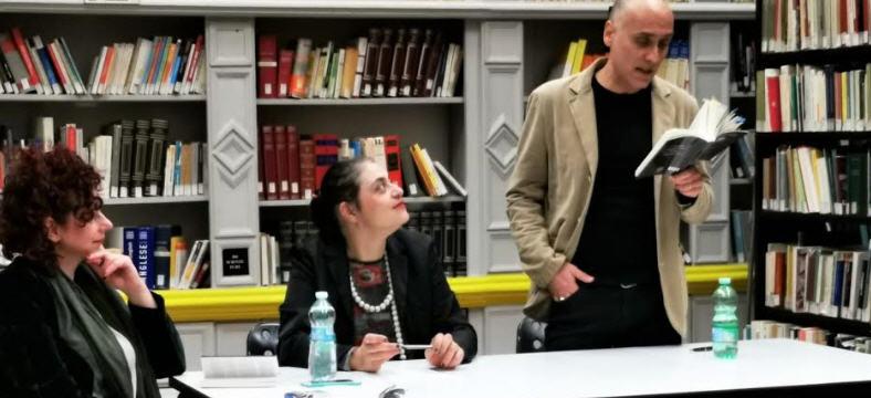 """Enna.   E' stato  presentato  nella Biblioteca  Comunale il romanzo di Filippo Chiello """"Lo diceva Picasso"""""""