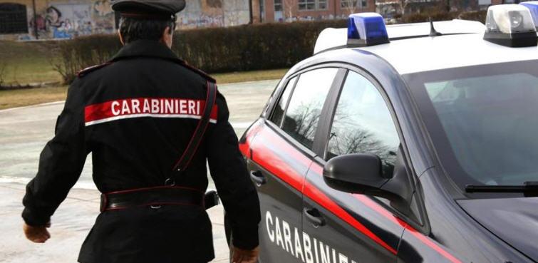 Controllo straordinario del territorio dei Carabinieri, perquisizioni e sequestri di droga e munizionamento.