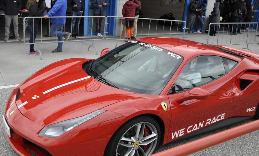 Tutti alla guida di Ferrari e Lamborghini il 15 giugno all'autodromo di Pergusa