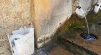[VIDEO] La fonte dei Canali ridotta a un letamaio: oggi iniziano i lavori di pulizia.