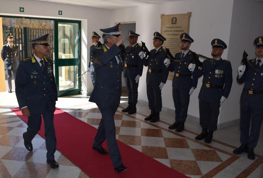 Enna – GDF – Il Generale di corpo d'armata Carmine Lopez visita il comando provinciale