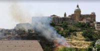 Piazza Armerina – Incendi: in fiamme la costa San Francesco