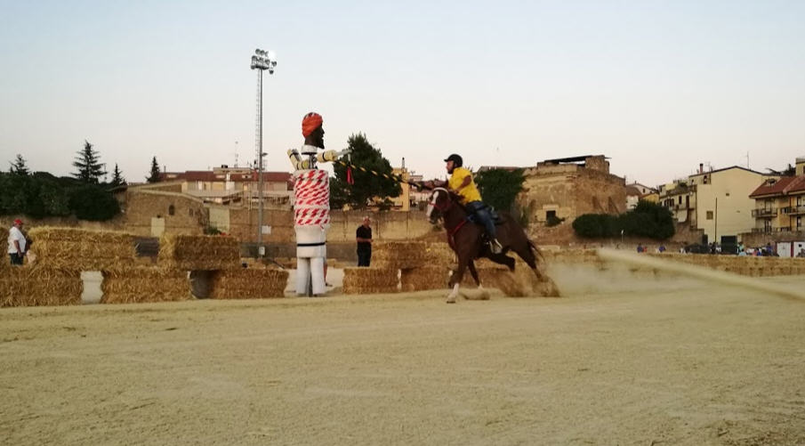 Palio dei Normanni – Ieri primo turno di prove libere per i cavalieri della quintana