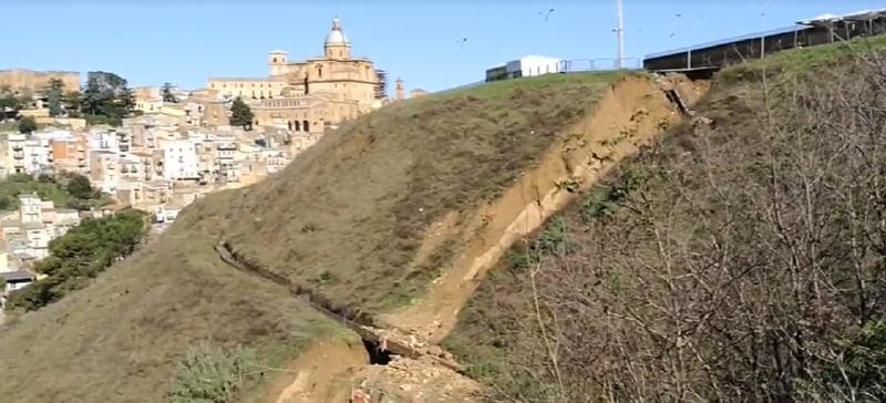 Piazza Armrina, messa in sicurezza del costone Sant'ippolito : arriva dalla Protezione Civile il finanziamento