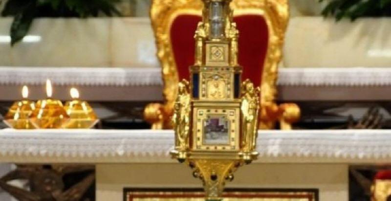 Oggi il reliquiario delle lacrime della Madonna di Siracusa ritorna all'Oasi