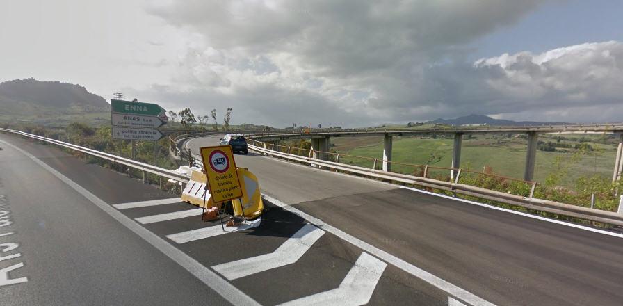 Viabilità: lo svincolo autostradale di Enna resterà chiuso per 2 anni. Se ne è parlato in Prefettura