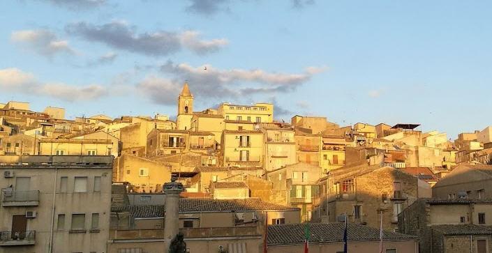 Piazza Armerina – Lavori in via Carmine e in Piazza Pio La Torre, oggi al via la procedura.