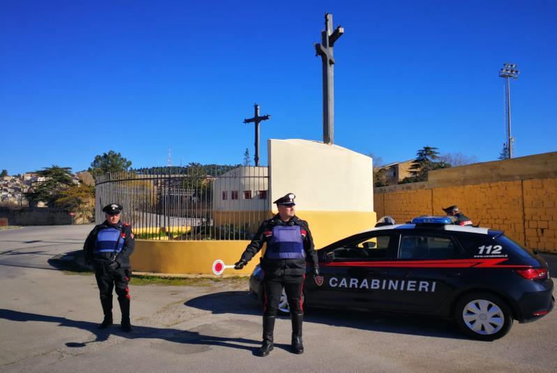 Piazza Armerina – I carabinieri arrestano un uomo per resistenza, violenza e minaccia a pubblico ufficiale