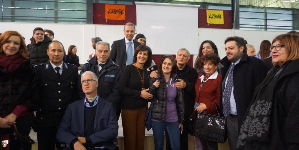 Piazza Armerina: venerdì scorso Don Luigi  Ciotti ha incontrato gli studenti