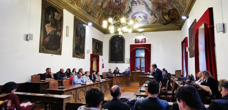 Piazza Armerina, i consiglieri comunali: predisporre presso l'Ospedale Chiello postazioni di terapia d'urgenza