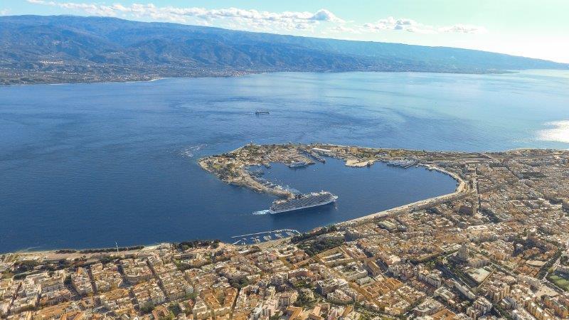 Ulteriori limitazioni al transito dei passeggeri nello Stretto di Messina