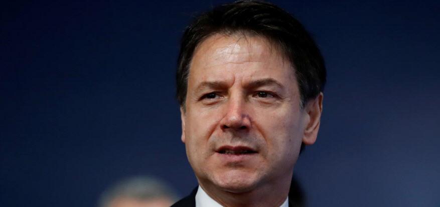 Sondaggi politici, italiani stanno col governo: non vogliono che sia opposizione a gestire Covid