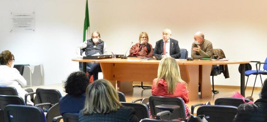 Quarantatré ausiliari in organico all'ASP di Enna firmano il contratto come OSS
