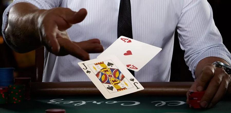 Gioco d'azzardo il futuro sui social casinò games