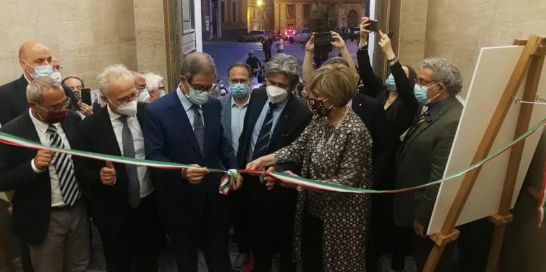 """Inaugurata ieri la Mostra documentaria """"La Città Aurea. Urbanistica e Architettura a Enna degli anni Trenta""""."""