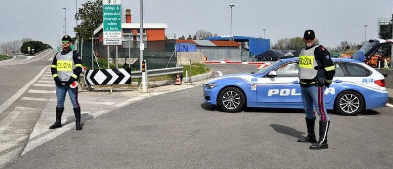 Quarantasettenne di Catenanuova aggredisce un poliziotto in autostrada