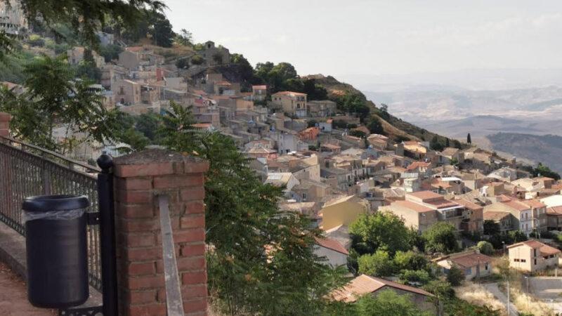 Aidone –  Inversione del senso di marcia in via Mazzini: il sindaco Chiarenza ci ripensa