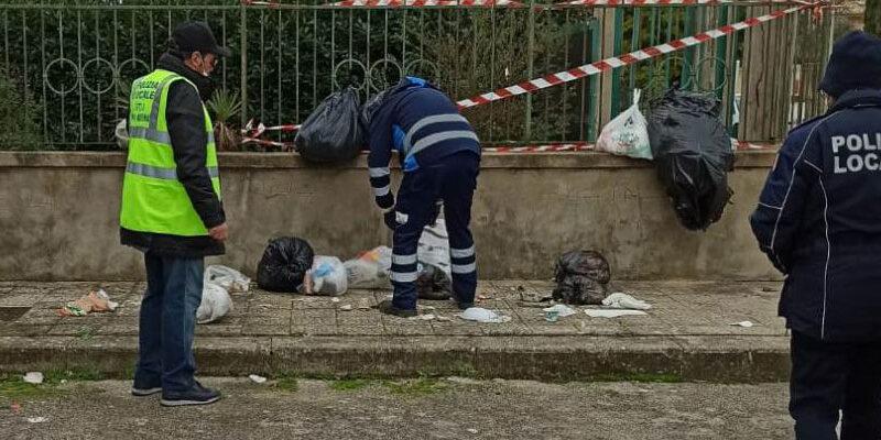 Piazza Armerina – La guerra a chi abbandona i rifiuti per strada. In arrivo le foto-trappole.