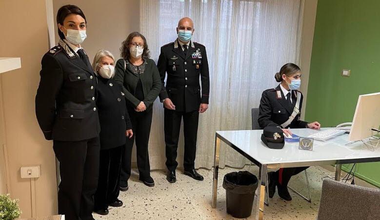"""Soroptimist International d'Italia e Carabinieri insieme per il progetto  """"Una stanza tutta per sé"""""""