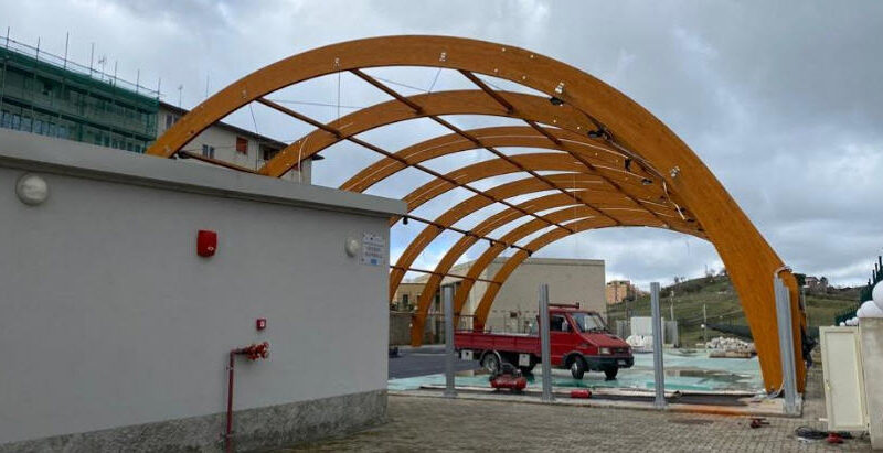 """Troina – Al via i lavori del rifacimento della copertura del centro sportivo polivalente """"Nelson Mandela"""""""