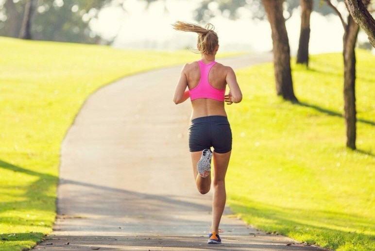 Esercizio fisico: consigli e suggerimenti per il benessere della pelle degli sportivi