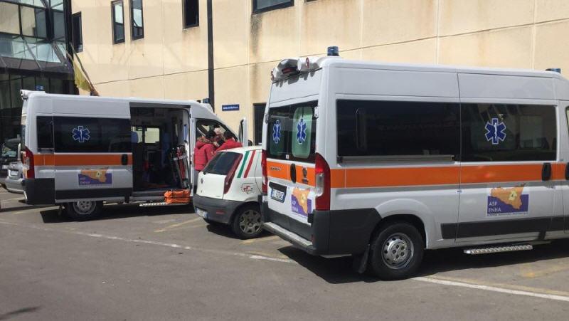 ASP Enna. Acquisite due nuove ambulanze per i presidi ospedalieri di Piazza Armerina e Leonforte