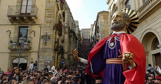 Pasqua 2018 a Caltagirone fra tradizione, fede, arte e folklore
