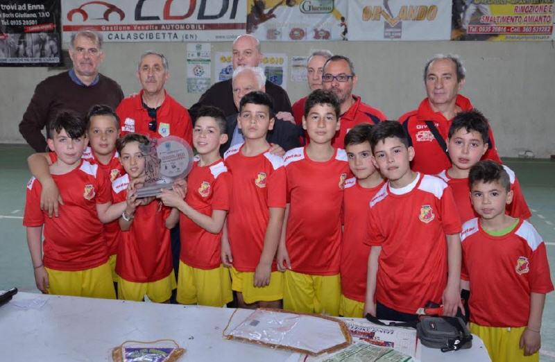 """Enna – Torneo """"Pasqua 2018"""": vince l'A.S.D. Riesi 2002. Premio fair play all'A.S.D. Aurora Rossa"""