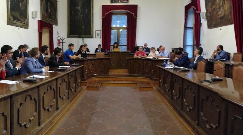 Piazza Armerina – Giurano i nuovi consiglieri comunali ma poi tutto rinviato a lunedì prossimo