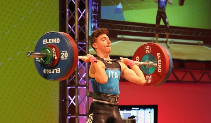 Il piazzese Luca Ficarra conquista la medaglia d'argento ai campionati europei under 15 di sollevamento pesi