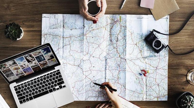 Tecnologia in viaggio: tra gadget e app