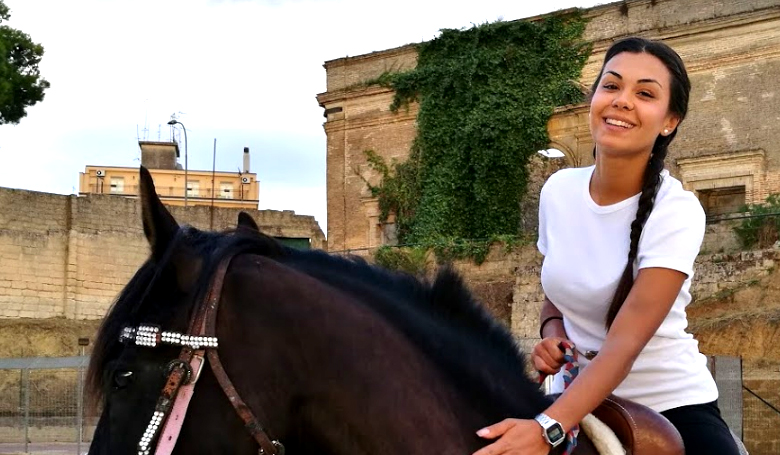 Palio dei Normanni  – Le dame a cavallo: belle e brave
