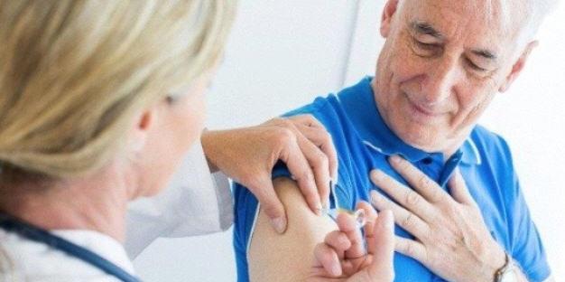 Continua la vaccinazione straordinaria 60/79 anni